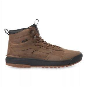 Vans UltraRange Exo Hi MTE Dachshund Sneaker Boots